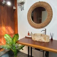 Deepsky Villa Family Room, hotel in Karimunjawa