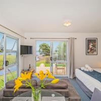 Shelly Beach TOP 10 Holiday Park, hotel in Coromandel Town