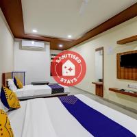 SPOT ON 69674 Hotel Royal Inn Guest House