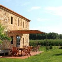 Girona Villa Sleeps 6 with Pool and Air Con