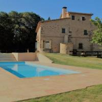 Terradelles Villa Sleeps 10 with Pool, hotel in San Esteban de Guialbes