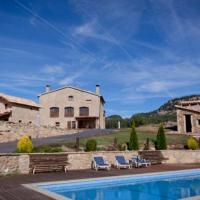 Villa in Berga Sleeps 4 with Pool