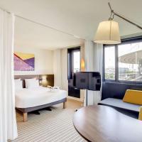 Novotel Suites Paris Stade de France, hotel in Saint-Denis