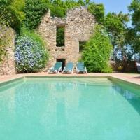 Valls Villa Sleeps 10 with Pool, hotel in Valls