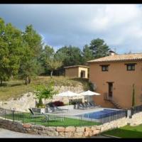 Ripoll Villa Sleeps 16 with Pool