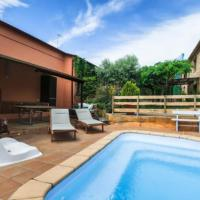 Villa in Girona Sleeps 4 with Pool and Air Con