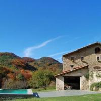 Sant Pau de Seguries Villa Sleeps 10 with Pool