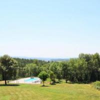 Olost Villa Sleeps 10 with Pool, отель в городе Olost