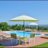 Santa Creu dels Juglars Villa Sleeps 4 with Pool, отель в городе Olost