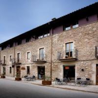 Perafita Villa Sleeps 5 with Pool and Air Con, hotel en Perafita