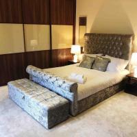 Beautiful 4-Bed Villa in Glasgow