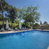 Estanyol Villa Sleeps 14 with Pool