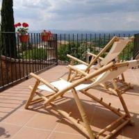Perafita Villa Sleeps 8 with Pool and Air Con, hotel en Perafita