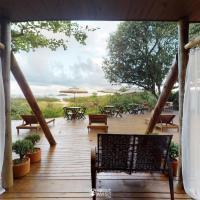 Pousada Villa Verde - Frente para a Praia do Farol, hotel in Ilha do Mel