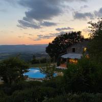 Villa I Grifoni, hotell i Gualdo Cattaneo