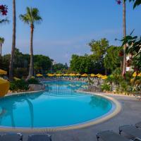 Mayfair Gardens, hotel v Pafose