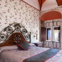 Hotel Las Palmeras by Vivere Stays, hotel in Zafra