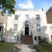 Kennington Oval 2-Bed Apartment in London
