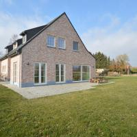 Soothing Holiday Home in Sint Amands with Recreation Room, hotel in Sint-Amands
