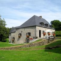 Serene Holiday Home in Soulme with Garden, hôtel à Doische