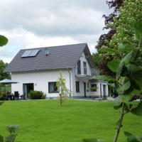 Beautiful Villa with Garden near Ski Area in Kustelberg