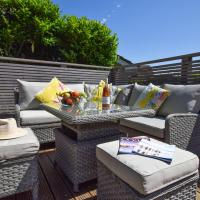Lovely Holiday Home in Brixham with Private Garden
