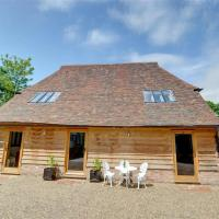 Rustic Holiday Home in Cranbrook Kent with Garden
