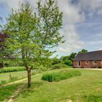 Peaceful Holiday home in Battle Kent with Parking