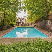 Deluxe Holiday Home with Pool in Migliorini