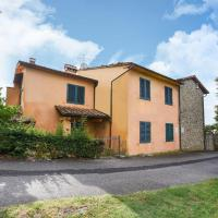 Scenic Holiday Home with Swimmimg Pool in Lamporecchio