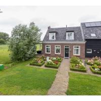 Authentic Zeeland farmhouse with many original details
