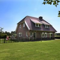 Beautiful Farmhouse in Neede near Forest, hotel in Neede
