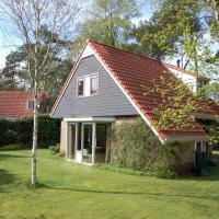 Cozy holiday home with garden, near De Lemelerberg