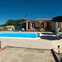 Lovely 3-Bed Villa in Les Cammazes, hotel in Sorèze