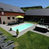 Plush Villa in Manhay with Heated Pool & Wellness Centre, ξενοδοχείο σε Manhay