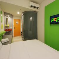 POP! Hotel BSD City Tangerang, hotel in Serpong
