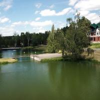 """""""Лесные Пруды"""", отель в городе Alekseyevka Pervaya"""