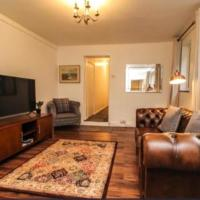 Lovely Victoria Conversion Flat with a Garden in Brentwood, hotel in Brentwood