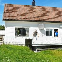 Five-Bedroom Holiday home in Vevang 1