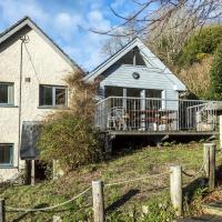 Rock Cottage - 3 Bedroom Holiday Home - Fishguard
