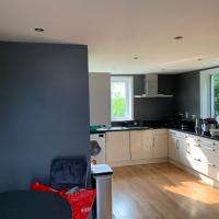 Private Central Apartment near Kilcullen, hotel in Wicklow