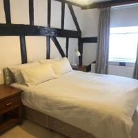 Stunning 2-Bed House in Bungay, hotel in Bungay