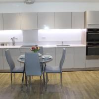 Greenwich 2 bed apartment Great for a Family!