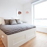 Lovely 2-Bed Apartment in Salford