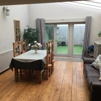 Large 2-Bed House Derbyshire off Chatsworth rd
