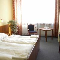 HOTEL SLUNCE, hôtel à Havlíčkův Brod