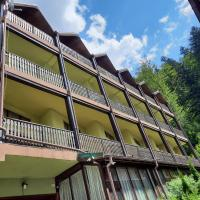 Ezio House, hotel in Braşov
