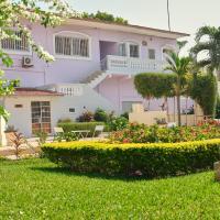 Pelican Residence, hotel in Fajara