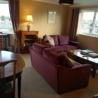 Spacious stylish flat, hotel in Newcastle upon Tyne