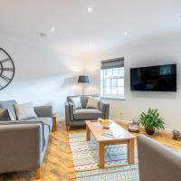 Stylish & Modern Apartment, hotel in Croy